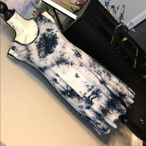 Super cute navy Tie Dye shirt size Small